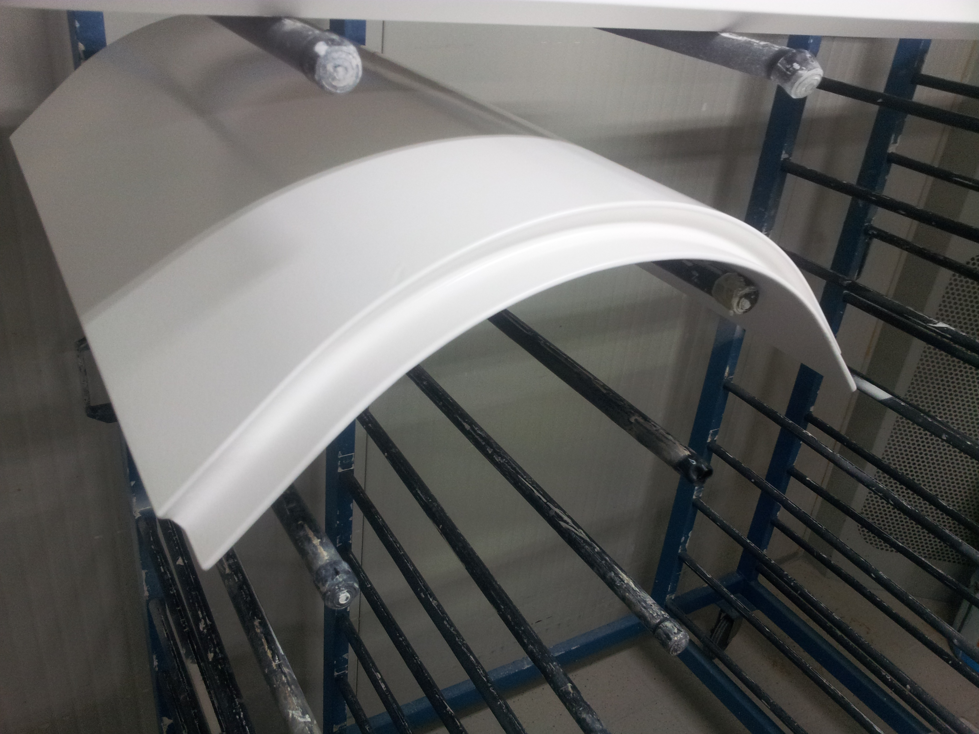 LUCENZA CURVES HIGH GLOSS